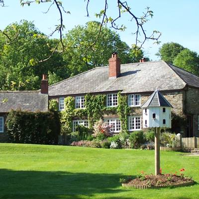 Trenant Park Cottage grounds and gardens - external view